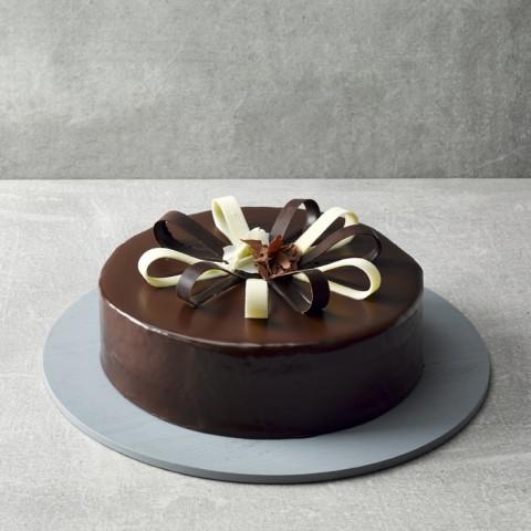 "Baileys Chocolate Cake 9"""