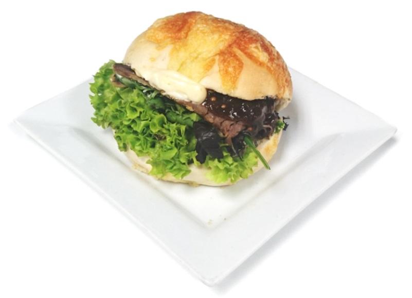 Roast Beef Roll